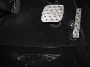 Turbo RT Mulliner Drilled Pedals